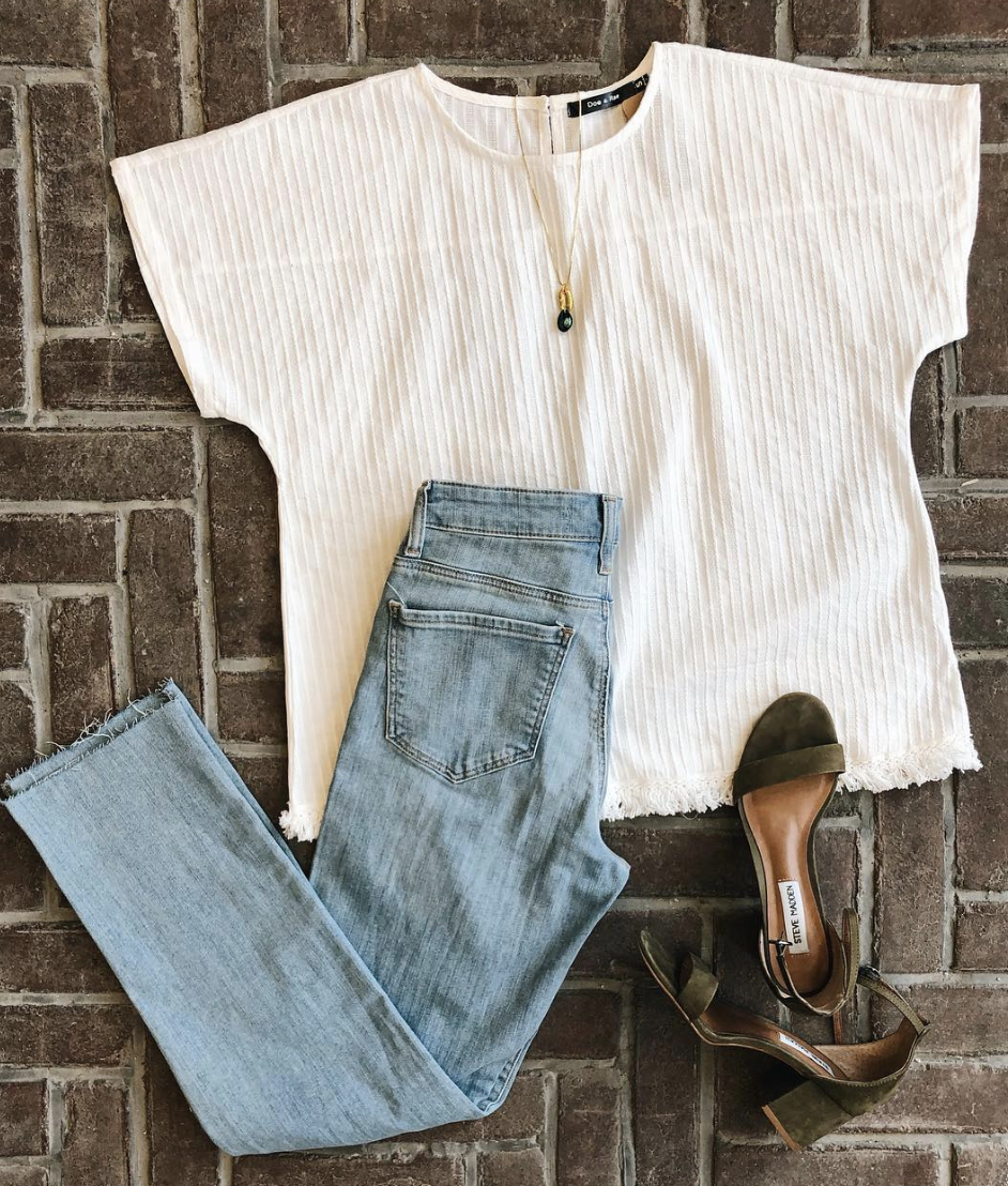Mavi Light Colored Denim Jeans with Doe and Rae Top