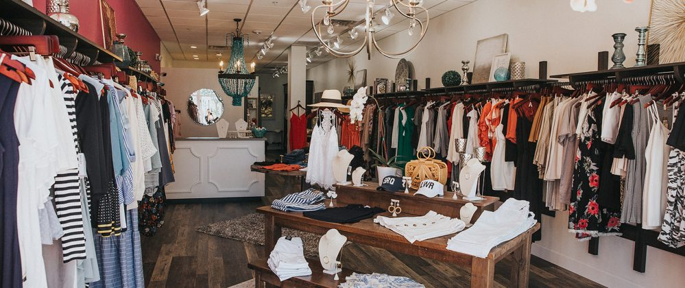 womens trendy clothing near sarasota